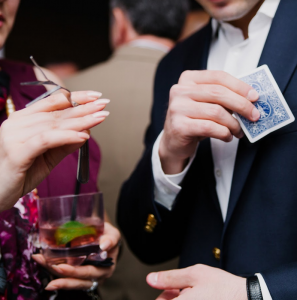 Reasons Why Having a Close up Magician for Your Wedding is an Awesome Idea