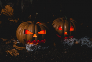 6 Tips for Throwing a Magical Halloween Party